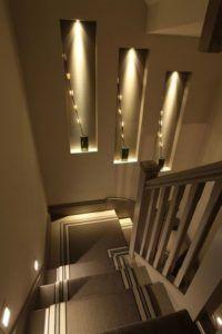 schody światło