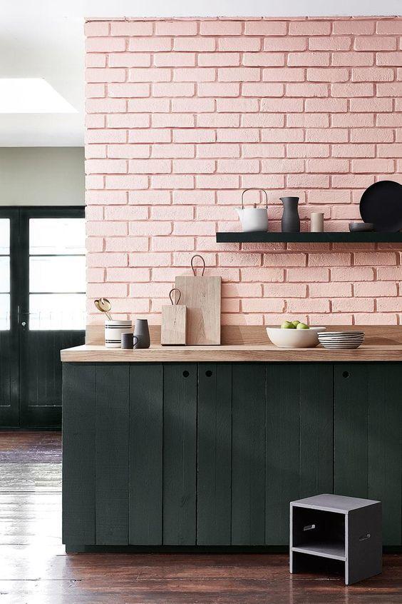 róż i czerń w kuchni nowoczesnej pastele