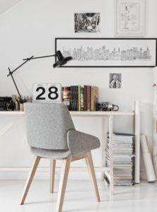 Lampa stołowa do biura