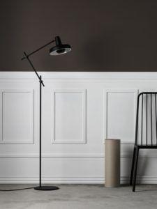 lampa podłogowa do biura