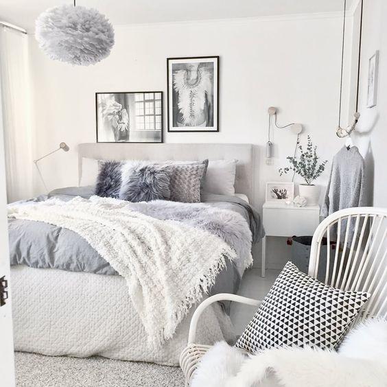 lampa wisząca szara z piór do sypialni nad łóżko