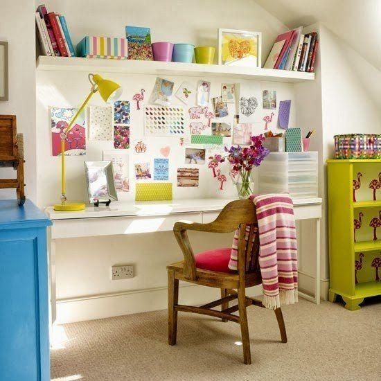 żółta lampka dziecięca do pokoju na biurko
