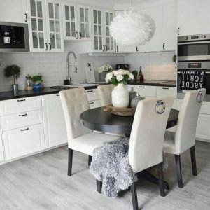 elegancka kuchnia modern classic - oświetlenie