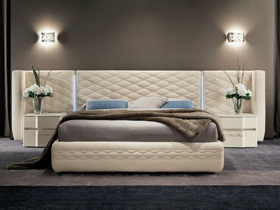 kinkiety do luksusowej sypialni