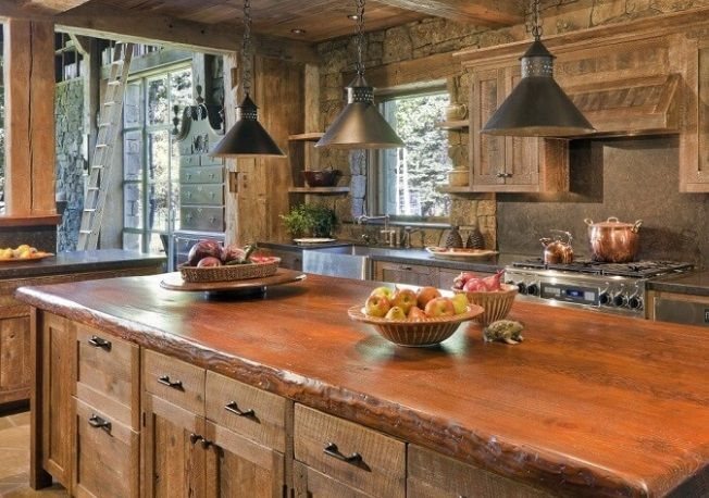 czyszczenie i renowacja blatu z drewna w kuchni