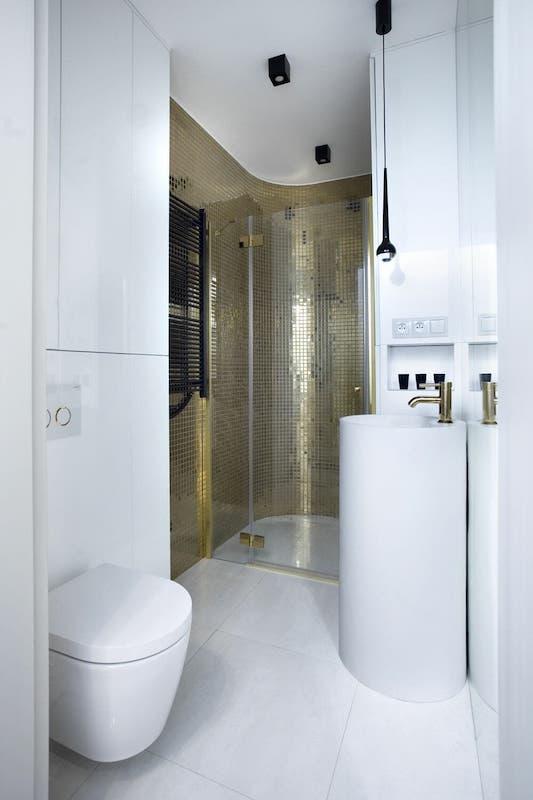 łazienka połączona z sypialni