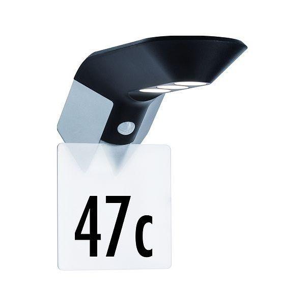 podświetlany numer domu z czujnikiem zmierzchu