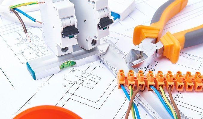 Schematy i symbole elektryczne - lampy i oświetlenie w instalacji