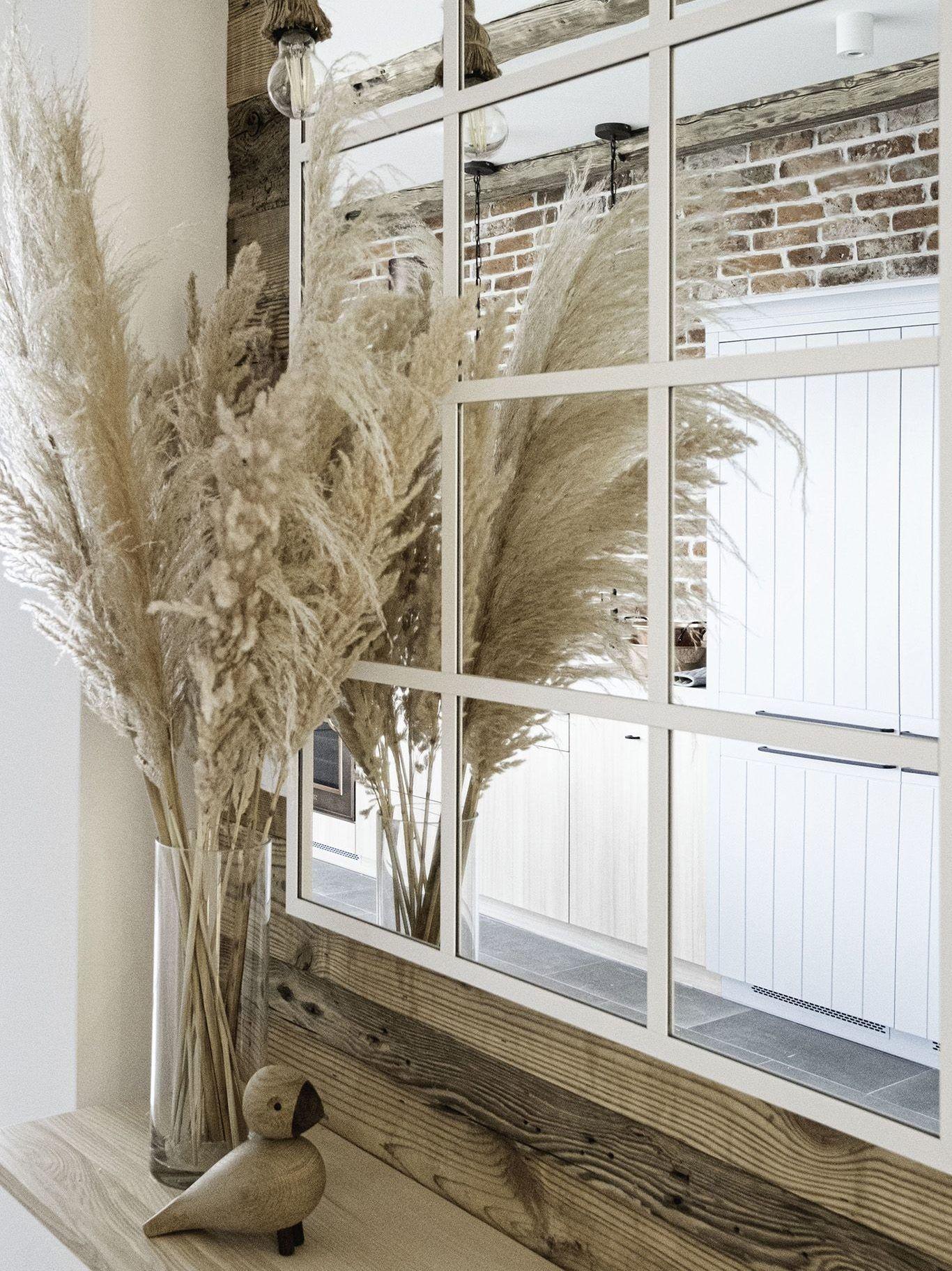 suszone trawy w salonie