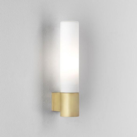 Elegancki kinkiet Roma Astro Lighting – miedź- szklany klosz, IP44