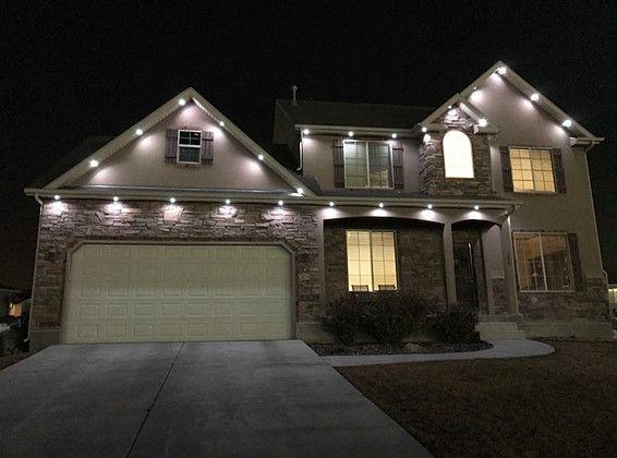 oświetlenie podbitki dachowej