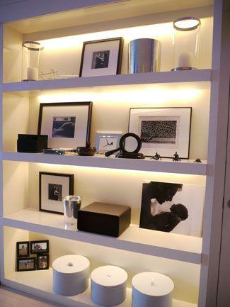 górne oświetlenie półki
