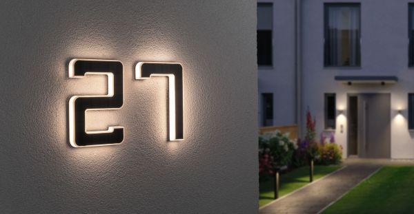 Podświetlany numer domu na ogrodzenie