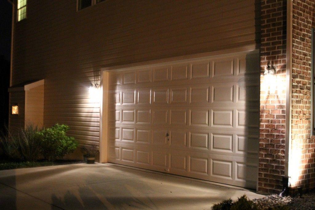 lampa nad bramę garażową