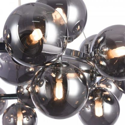 designerski, nowoczesny żyrandol ze szklanych, szarych kul