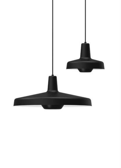czarna lampa wisząca różne rozmiary