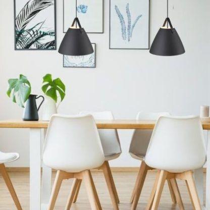 czarne lampy wiszące nad stół - stożkowe do kuchni