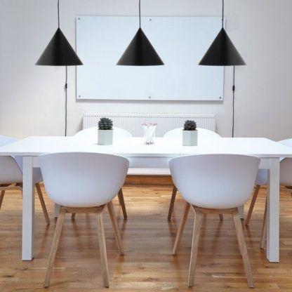 lampy wiszące nad stołem - czarne do kuchni