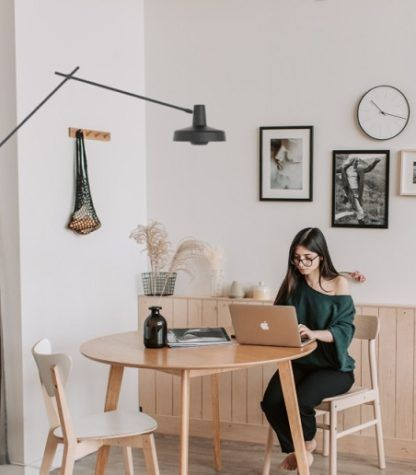 kinkiet arigato do biura - nad stół