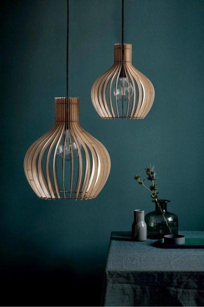 lampa wisząca w stylu skandynawskim ze sklejki