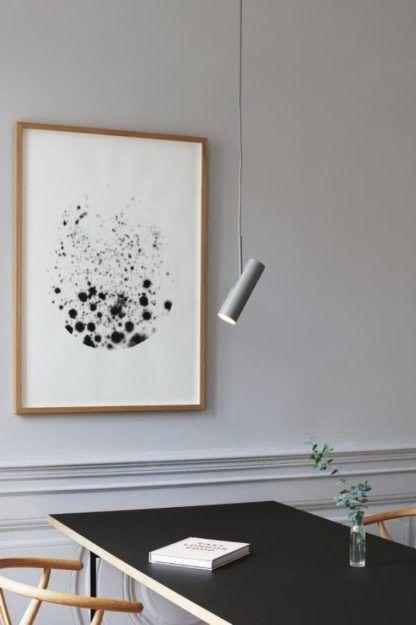 biały reflektor regulowany do gabinetu