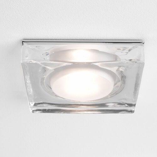 bezbarwne, przezroczyste oczko sufitowe, dekoracyjny plafon kwadrat z wtopionym, mlecznym kloszem