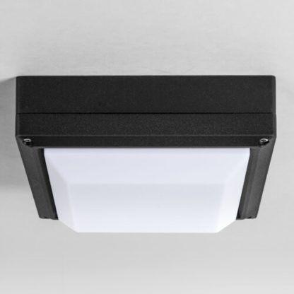 nowoczesny plafon kwadrat, biały dyfuzor, czarna rama metalowa