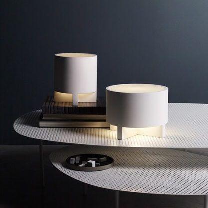 biała, gipsowa lampa stołowa do pomalowania
