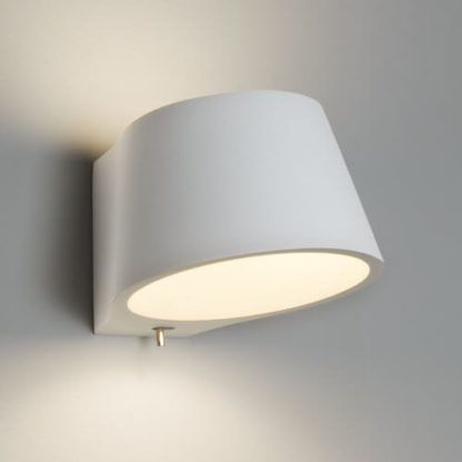 biały, gipsowy kinkiet do pomalowania, kinkiet z włącznikiem, dekoracyjne światło do salonu, do sypialni, do przedpokoju