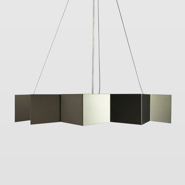 metalowa lampa w kształcie gwiazdki, stal