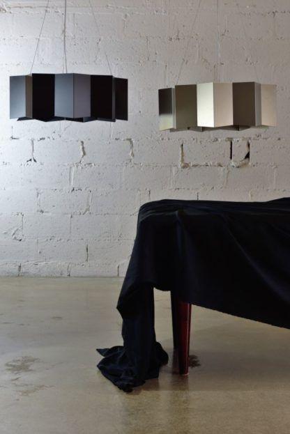 harmonijkowa, czarna lampa wisząca industrialna