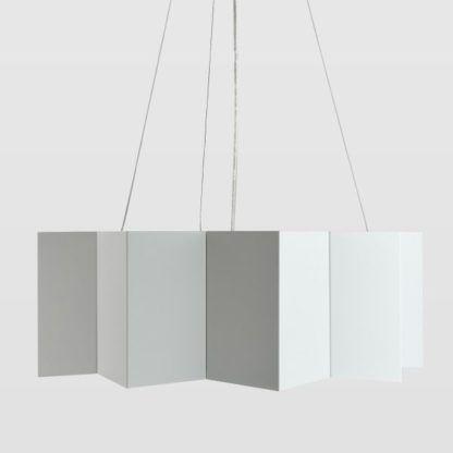 biała, geometryczna lampa wisząca z metalu