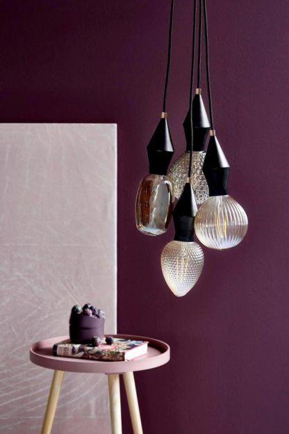 czarne zawieszenie geometryczne do lampy wiszącej, dekoracja światłem - wrzosowa aranżacja