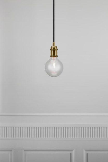 złota lampa zawieszenie do dekoracyjnej żarówki