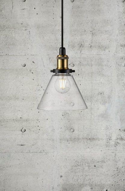szklana lampa wisząca industrialna, klosz przezroczysty ze szkła
