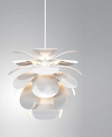 lampa wisząca z kloszem kwiatem biała