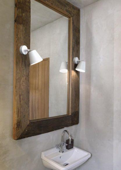 skandynawski, biały kinkiet z metalu, odporny na wodę - aranżacja łazienka