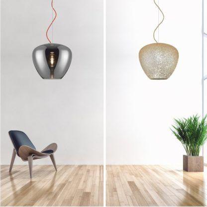 szklana lampa wisząca - aranżacja salon nowoczesny