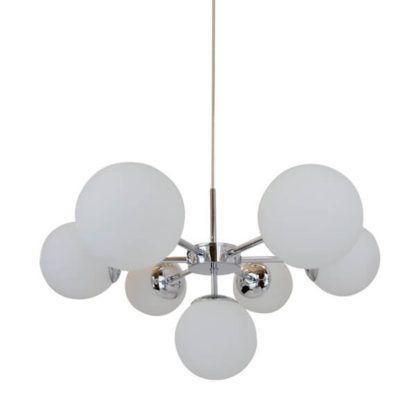 lampa wisząca z kilkoma kloszami kulami, białe szkło