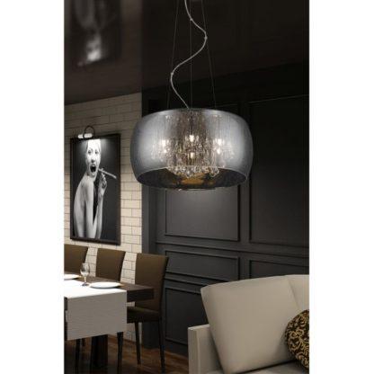 szklana lampa wisząca z kryształkami - aranżacja salon elegancki