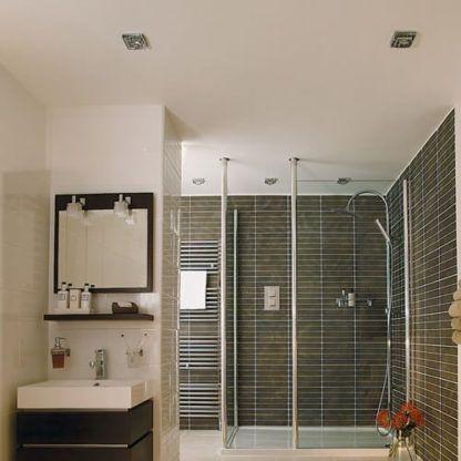 oczko sufitowe odporne na wilgoć - aranżacja łazienka