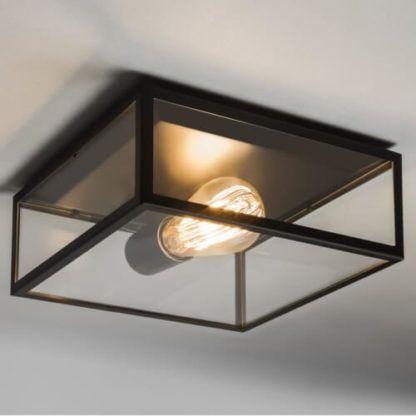 kwadratowa lampa sufitowa z bezbarwnymi ściankami ze szkła, ciemna obudowa
