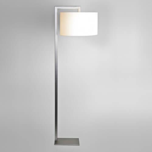 nowoczesna lampa podłogowa z abażurem, elegancka - aranżacja salon