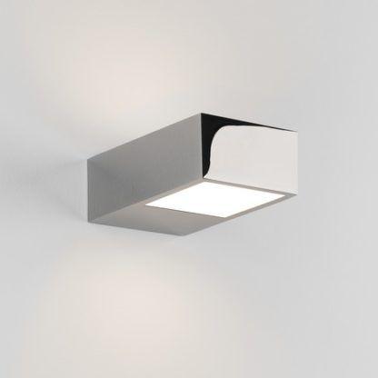 mały, nowoczesny kinkiet LED