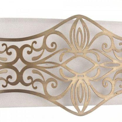 kinkiet w stylu klasycznym z białym abażurem i złotymi dekorami z metalu