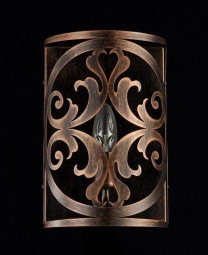 brązowy, metalowy kinkiet w stylu gotyckim