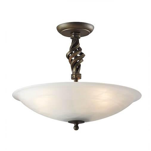 klasyczna lampa sufitowa z mlecznym kloszem i dekoracjami z kutego żelaza