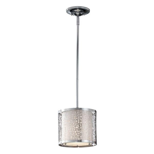 Dekoracyjna lampa wisząca z metalowym, ażurowym kloszem - aranżacja kuchnia klasyczna