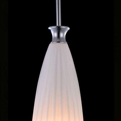 biała lampa wisząca, nowoczesna, skandynawska, mleczne szkło