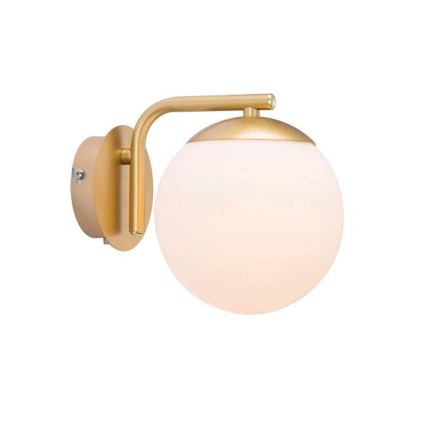 złoty kinkiet nowoczesny z kloszem kulą ze szkła - aranżacja bordowy salon